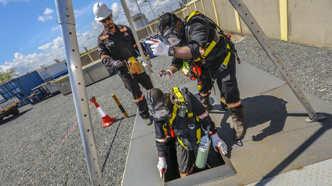 Confined Space Entry and Vessel Cleaning- Crew Safe Entry - Alistair Group